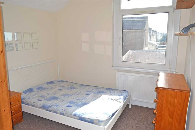 Bedroom 4 of Africa Gardens, Heath/Gabalfa, Cardiff CF14