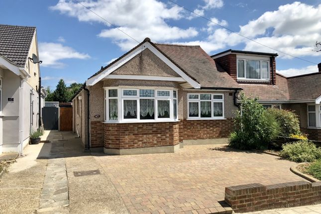 Thumbnail Bungalow to rent in Ascot Gardens, Hornchurch