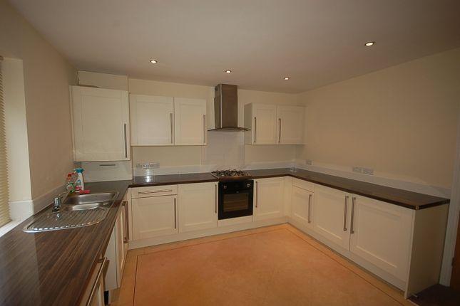 Thumbnail Flat to rent in Preston Old Road, Blackburn