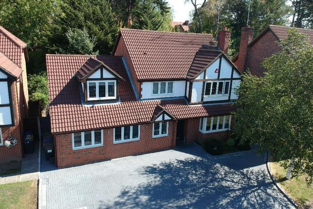 Thumbnail Detached house for sale in Priory Field Drive, Edgware, Middlesex
