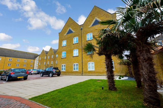 1 bed flat to rent in Blessing Lodge, 1-3 Britannia Avenue, West Sussex BN43