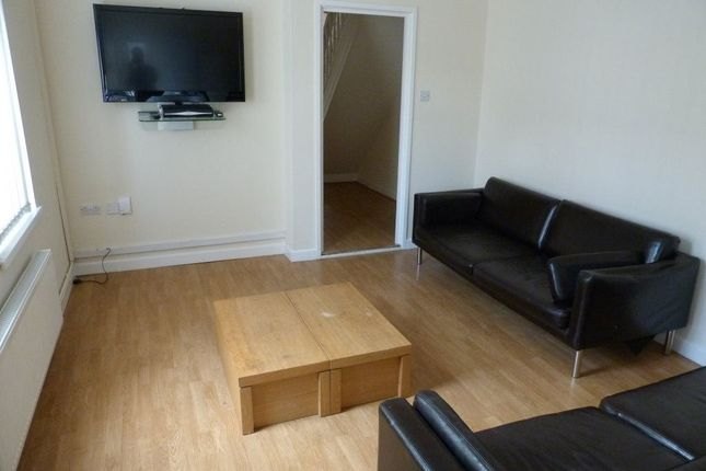 Thumbnail Property to rent in Brithdir Street, Cathays, ( 7 Beds )