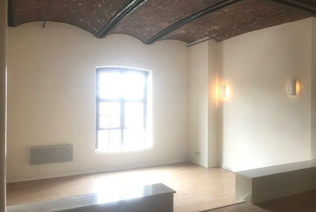 Thumbnail Flat to rent in North Quay, Wapping Dock, Liverpool