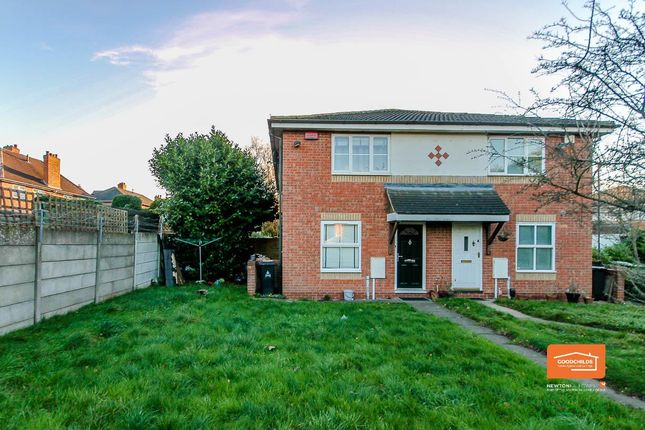 Thumbnail Town house for sale in Wareham Close, Walsall