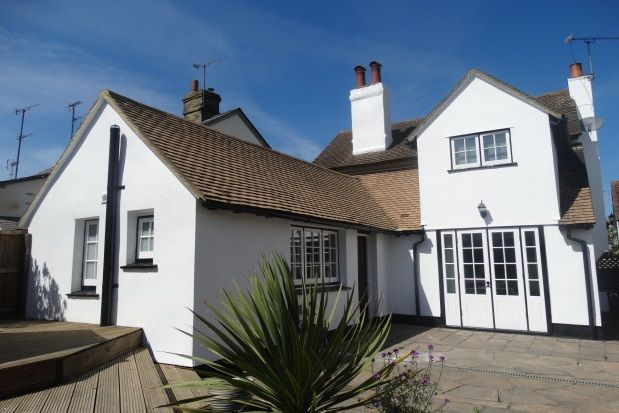 Thumbnail Cottage to rent in Church Street, Bocking, Braintree