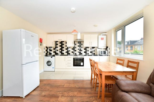 4 bed maisonette to rent in Seyssel Street, Isle Of Dogs, Isle Of Dogs, Canary Wharf E14