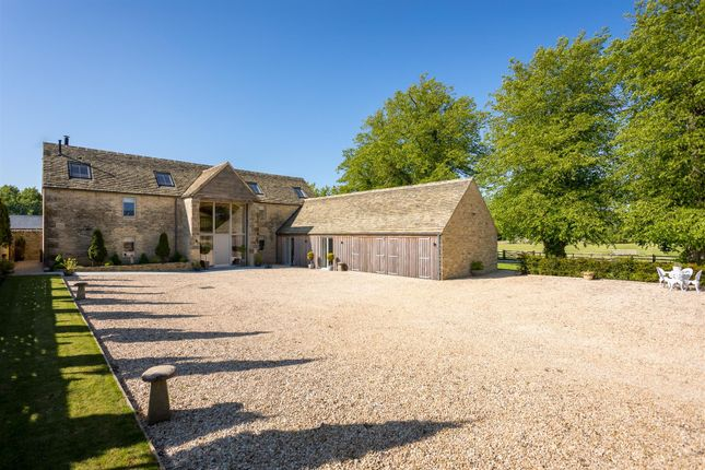 Thumbnail Barn conversion for sale in Frampton Mansell, Stroud