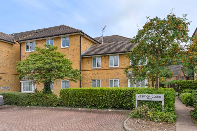 Thumbnail Flat for sale in Malyons Road, London