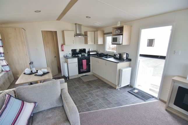 Kitchen Diner of Ty Mawr, Towyn LL22