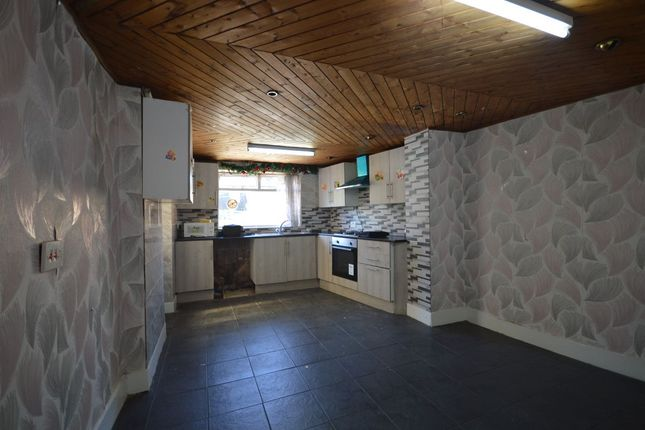 Thumbnail Semi-detached house to rent in Movers Lane, Barking