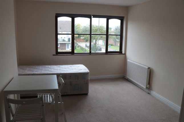 Thumbnail Room to rent in Halfway Street, Avery Hill, Sidcup