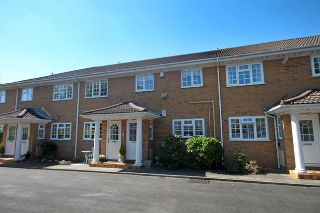 Thumbnail Flat for sale in Beach Road, Birkdale, Southport