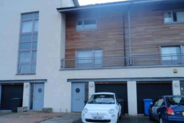 Thumbnail Shared accommodation to rent in South Victoria Dock Road, Dundee
