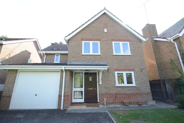 4 bed detached house to rent in Hunters Chase, Caversham, Reading RG4