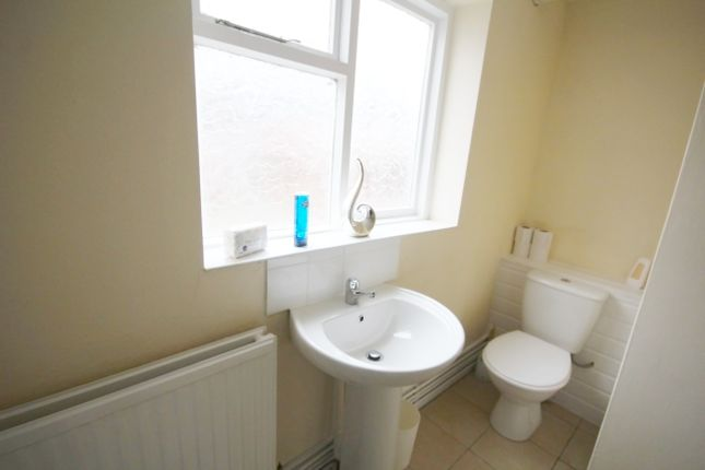 Thumbnail Shared accommodation to rent in Nelson Street, Deeside