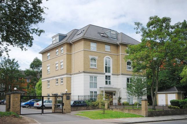 Thumbnail Flat to rent in Manor Lodge, London