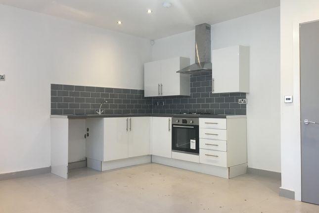 Thumbnail Property to rent in Carlisle Street, Splott, Cardiff