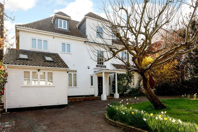 6 bed detached house for sale in Chartfield Avenue, London