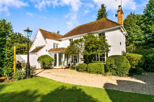 Thumbnail Detached house for sale in Cookham Dean Common, Cookham, Maidenhead, Berkshire