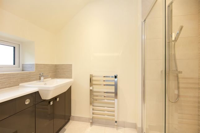 En Suite - Bedroom 3