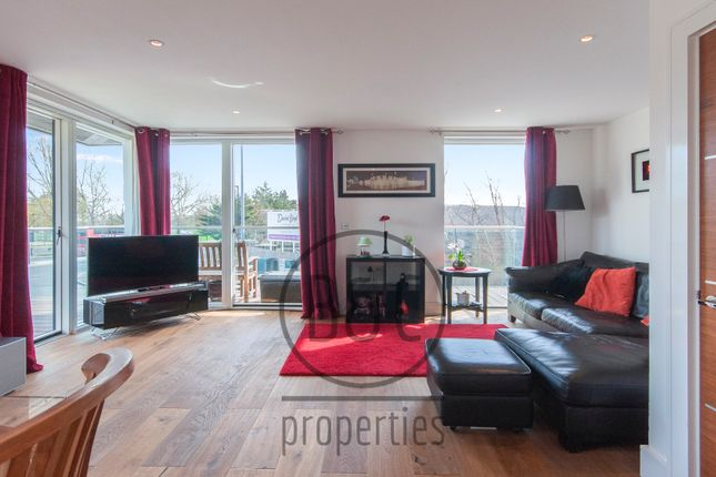 2 bed flat for sale in Wallace Court, Kidbrooke Village SE3