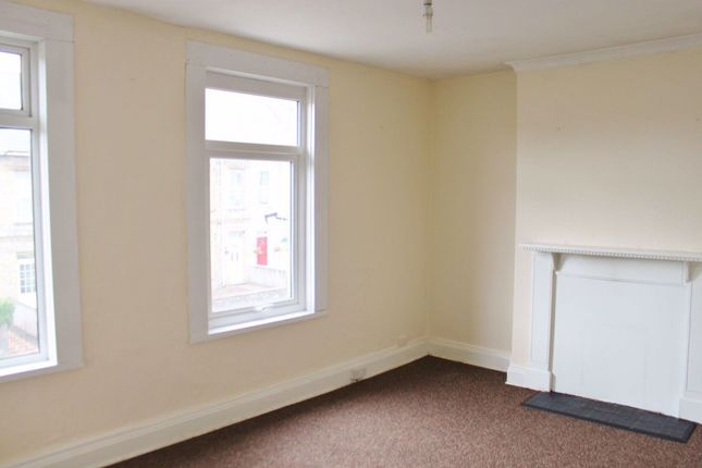 Thumbnail Flat to rent in Antony Road, Torpoint