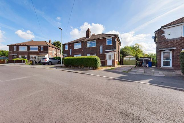 4 bed semi-detached house for sale in Kingsway Park, Davyhulme, Trafford M41