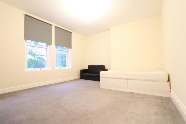 Thumbnail Studio to rent in Penge Road, Thornton Heath/ Norwood