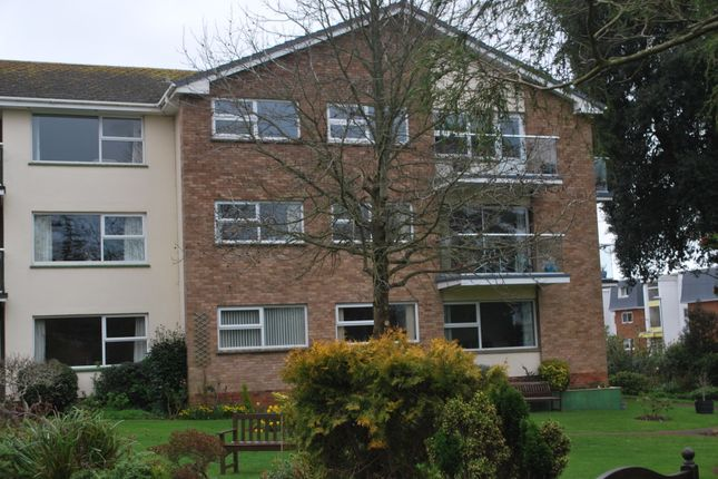 Front of Douglas Avenue, Exmouth EX8