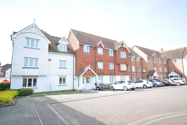 Thumbnail Flat to rent in St. Agnes Place, Chichester