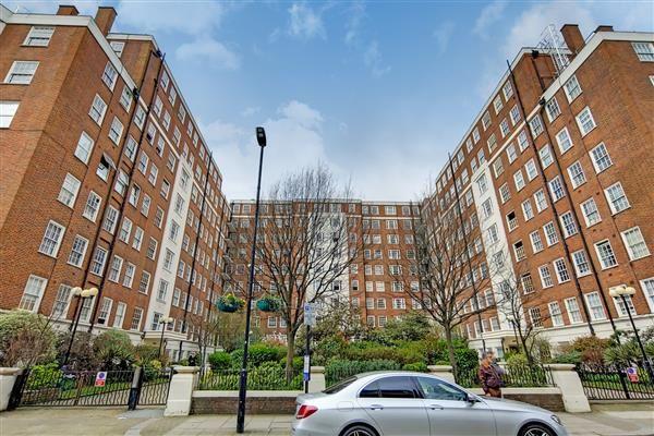 Thumbnail Flat for sale in Park West, Edgware Road, London
