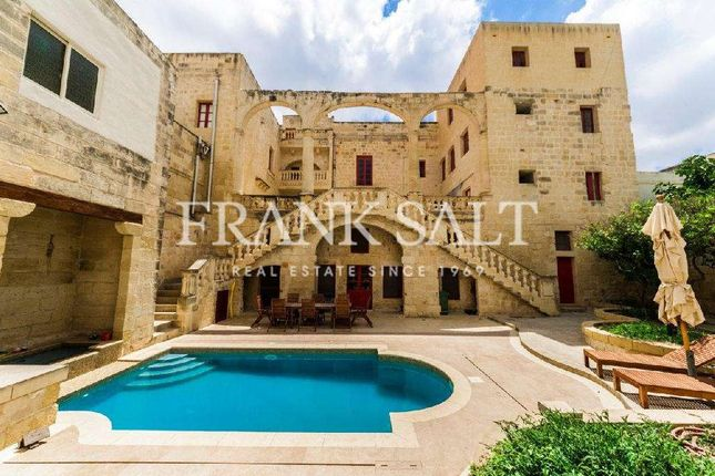6 bed country house for sale in 417188, Paola, Malta