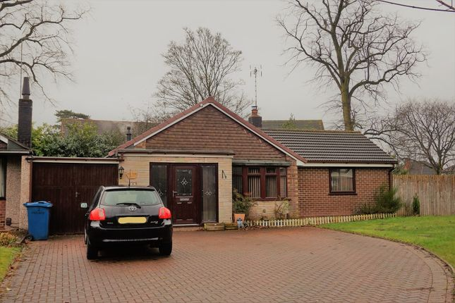 Thumbnail Detached bungalow for sale in Parkway, Stone
