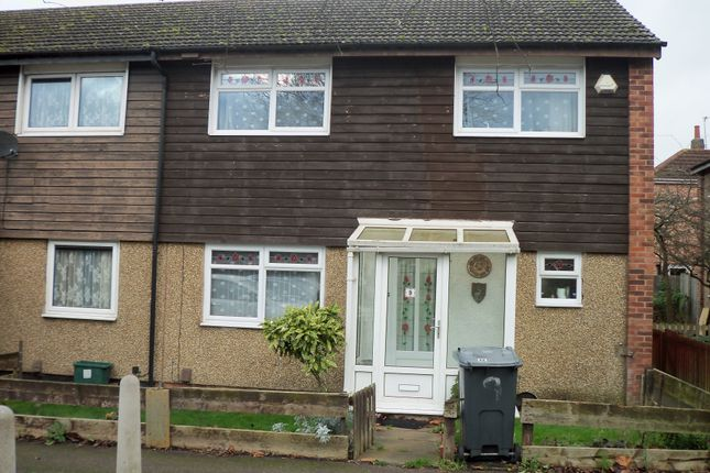 Thumbnail Town house for sale in Lomond Crescent, Leicester