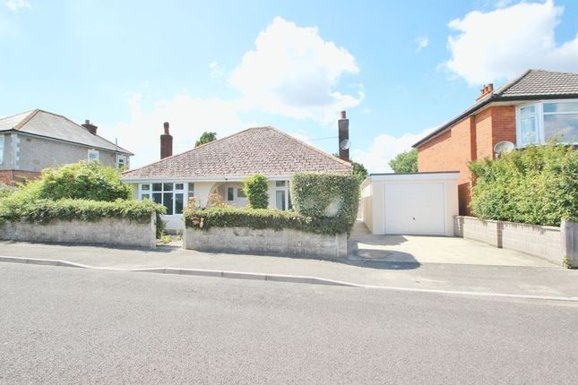 Thumbnail Detached bungalow to rent in Heather Road, Bournemouth