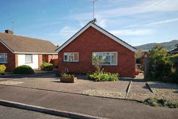 Thumbnail Detached bungalow for sale in Sid Vale Close, Sidford, Sidmouth