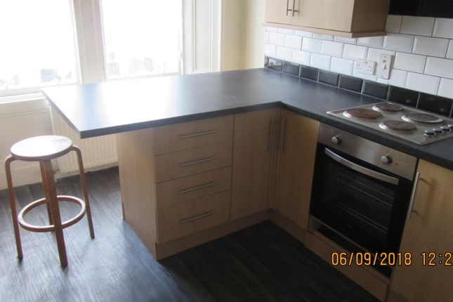 Thumbnail Flat to rent in Brook Street, Broughty Ferry, Dundee