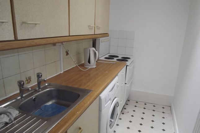 Thumbnail Property to rent in Romilly Crescent, Pontcanna, Cardiff