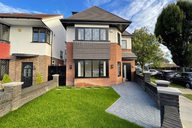 5 bed detached house for sale in Thorncliffe Road, Southall, Middlesex UB2
