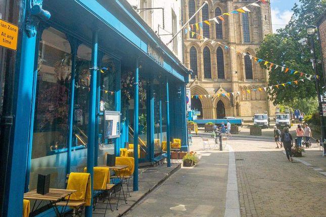 Thumbnail Restaurant/cafe for sale in Kirkgate, Ripon