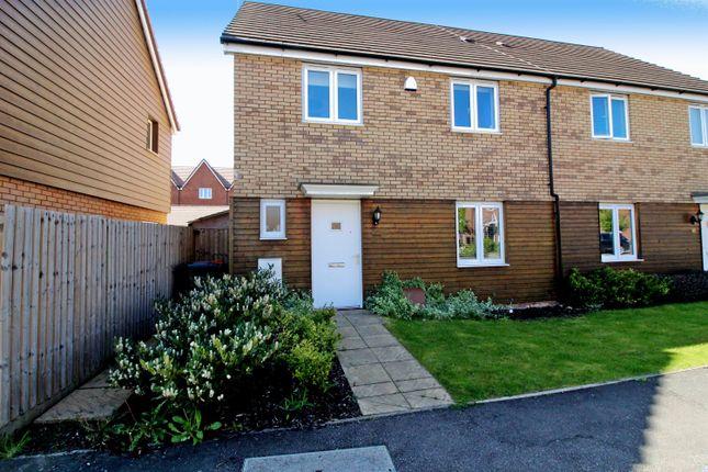 Thumbnail Semi-detached house for sale in Kestrel Way, Leighton Buzzard