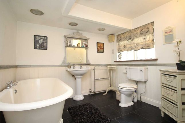 Thumbnail Detached house for sale in North End, Cummings Hall Lane, Noak Hill, Romford