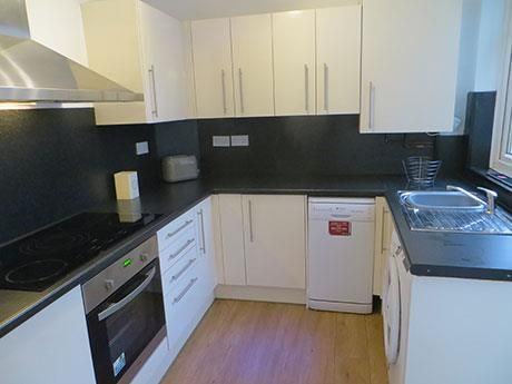 5 bed property to rent in Prospect Street, Lancaster LA1