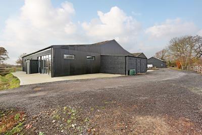 Thumbnail Office to let in Units 15, 16 & 17, Burnt House Farm Centre, Bedlam Lane, Ashford, Smarden, Kent