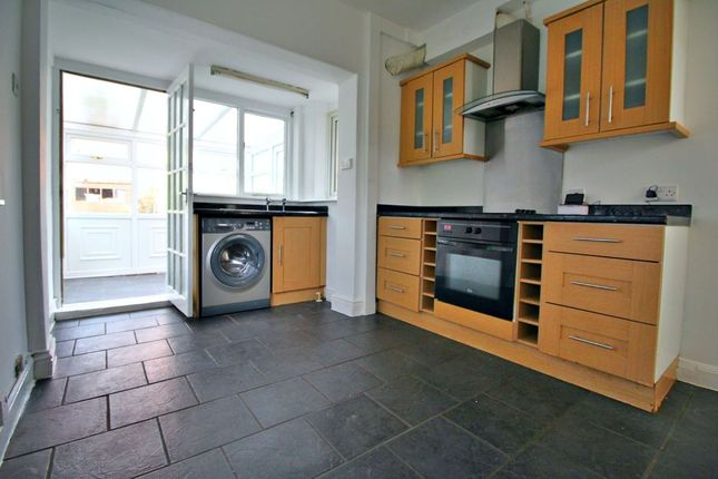 Thumbnail Terraced house to rent in Hall Road, Sheffield