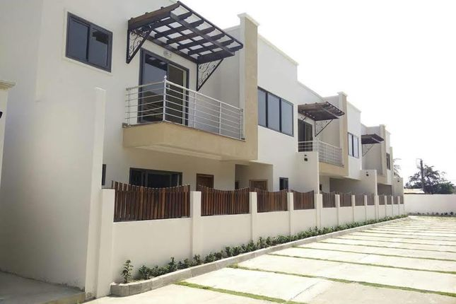Thumbnail Terraced house for sale in City Enclave, Ghana