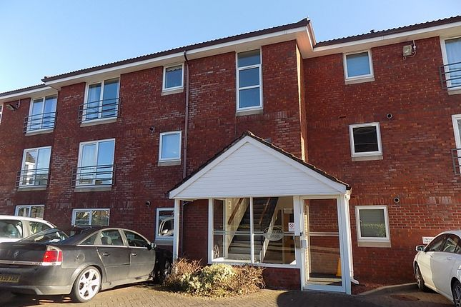 Thumbnail Flat to rent in Lonsdale House, Bellgarth Square, Carlisle