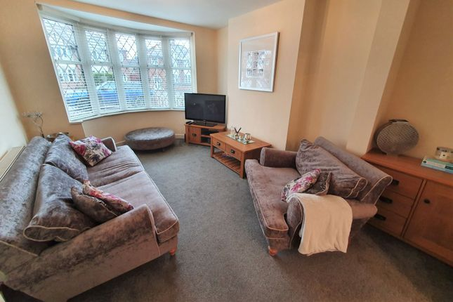 Lounge of Petworth Drive, Leicester LE3