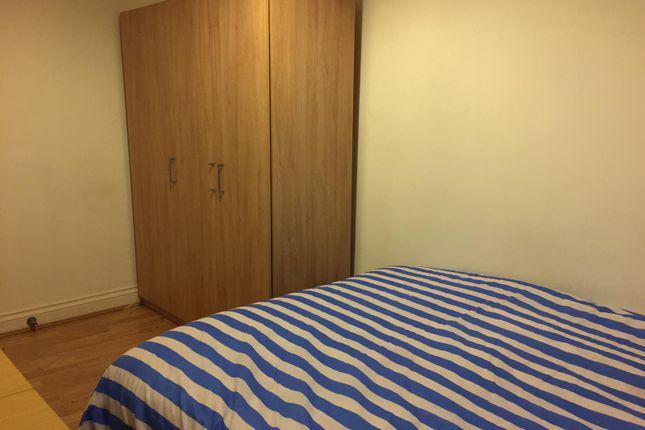 Room 3 of Crescent Road, London N22