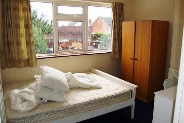 Room 3 of The Crescent, Egham, Surrey TW20